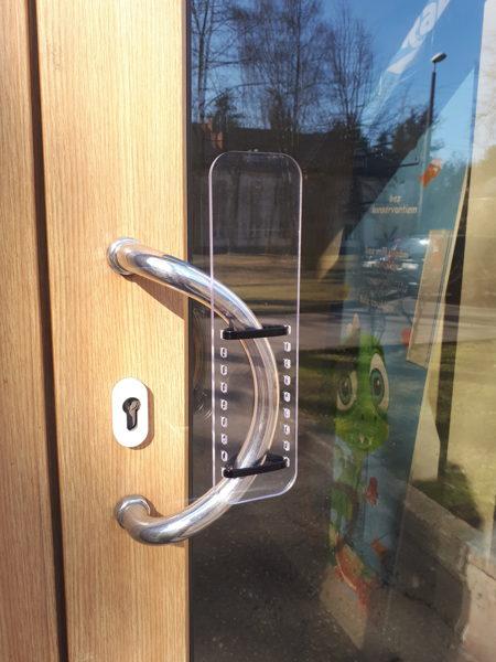 Free of hand door handle from Mono Polycarbonate